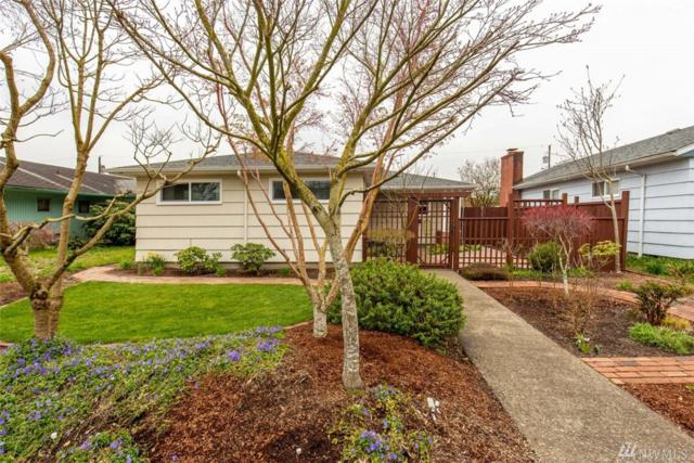 1119 18th Ave, Longview, WA 98632 (#1266046) :: The Snow Group at Keller Williams Downtown Seattle