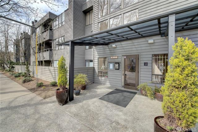 6300 Sand Point Wy NE #302, Seattle, WA 98115 (#1266563) :: Keller Williams - Shook Home Group
