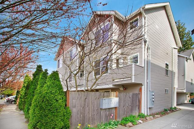 12020 31st Ave NE A, Seattle, WA 98125 (#1267041) :: Keller Williams - Shook Home Group