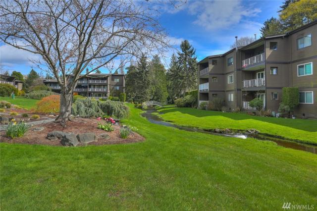 13257 15th Ave NE B9, Seattle, WA 98125 (#1269013) :: Carroll & Lions