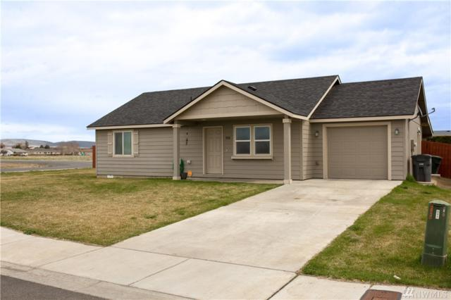 1800 SW 4th Ave, Quincy, WA 98848 (#1271060) :: Carroll & Lions