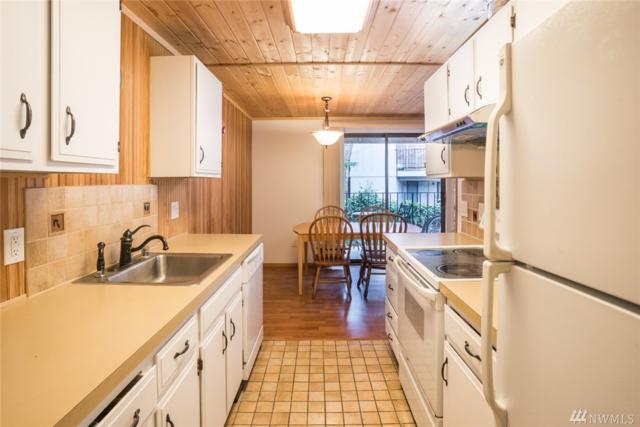 12527 NE 117th Place F-8, Kirkland, WA 98034 (#1271884) :: McAuley Real Estate