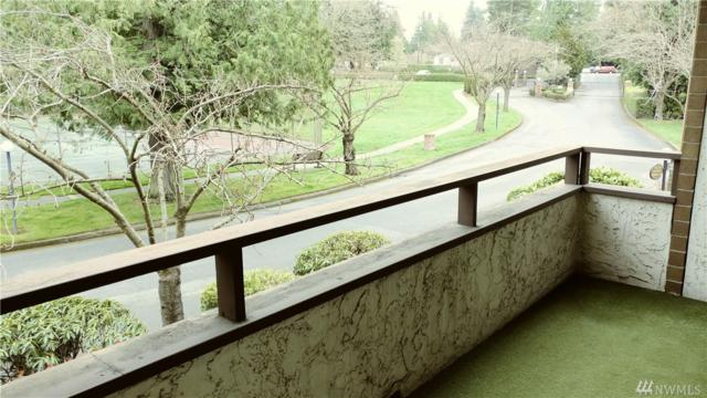 11025 Glen Acres Dr S B, Seattle, WA 98168 (#1272596) :: Carroll & Lions