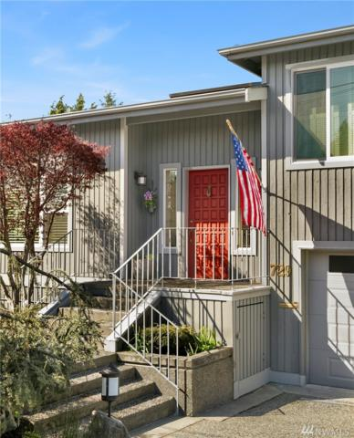 729 Maple St, Edmonds, WA 98020 (#1272984) :: The Snow Group at Keller Williams Downtown Seattle