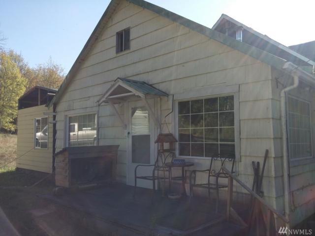 543 Haywire Rd, Winlock, WA 98596 (#1273873) :: Carroll & Lions