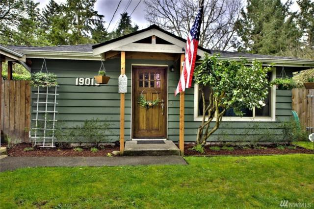 19013 73rd Ave NE, Kenmore, WA 98028 (#1275654) :: The Snow Group at Keller Williams Downtown Seattle