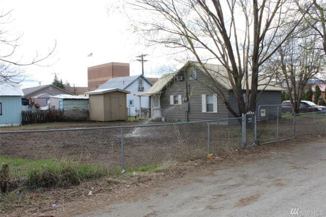 418 Central Ave W, Omak, WA 98841 (#1276154) :: Carroll & Lions
