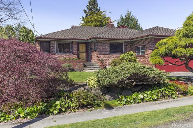 12221 Palatine Ave N, Seattle, WA 98133 (#1277264) :: Costello Team