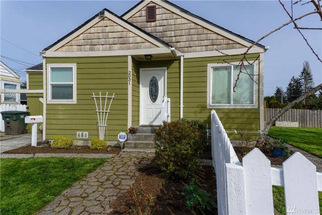 2031 Maple St, Everett, WA 98201 (#1277610) :: The Snow Group at Keller Williams Downtown Seattle