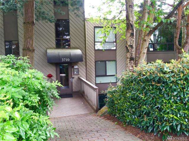 3710 26th Place W #308, Seattle, WA 98199 (#1278959) :: Icon Real Estate Group