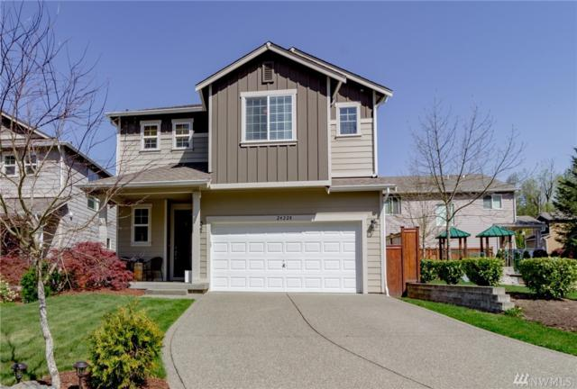 24228 SE 278th St, Maple Valley, WA 98038 (#1279073) :: Homes on the Sound