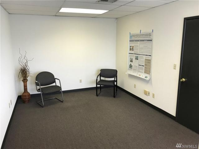 901 Rainier Ave N B102, Seattle, WA 98057 (#1279997) :: The Vija Group - Keller Williams Realty