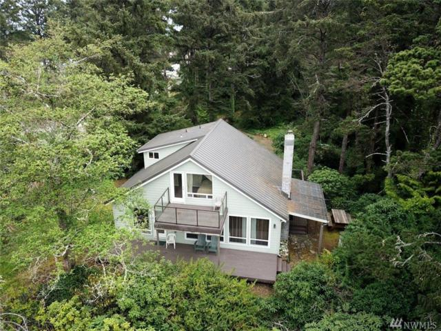 22209 NW Pacific Wy N, Ocean Park, WA 98640 (#1280222) :: Real Estate Solutions Group