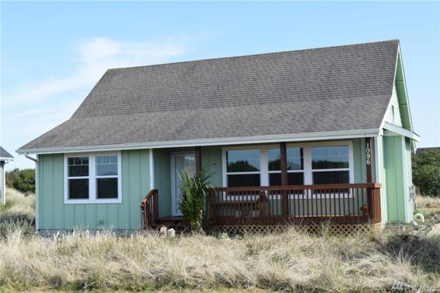 1096 Fairwood Dr SW, Ocean Shores, WA 98569 (#1280416) :: Carroll & Lions