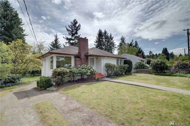 2033 NE 103rd St, Seattle, WA 98125 (#1282060) :: Morris Real Estate Group