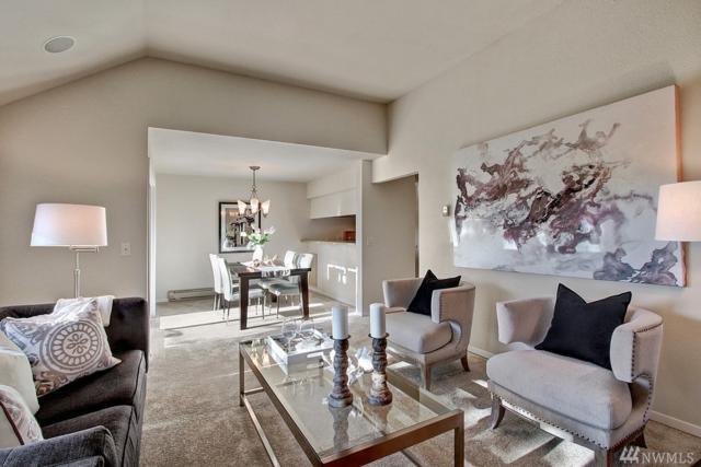 3828 Lake Washington Blvd SE 4B, Bellevue, WA 98006 (#1282139) :: Icon Real Estate Group