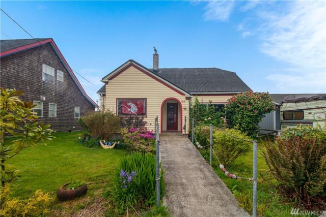 509 Spruce St, Ilwaco, WA 98624 (#1282861) :: Costello Team