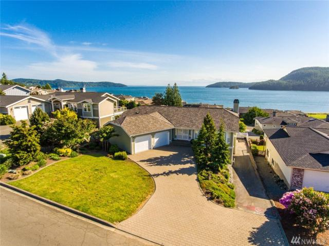 4913 Kingsway, Anacortes, WA 98221 (#1284348) :: Real Estate Solutions Group