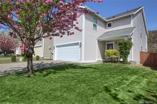 136 Glennwood Place NE, Renton, WA 98056 (#1284543) :: Real Estate Solutions Group