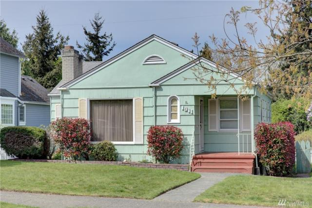 1911 44th Ave SW, Seattle, WA 98116 (#1285987) :: Morris Real Estate Group