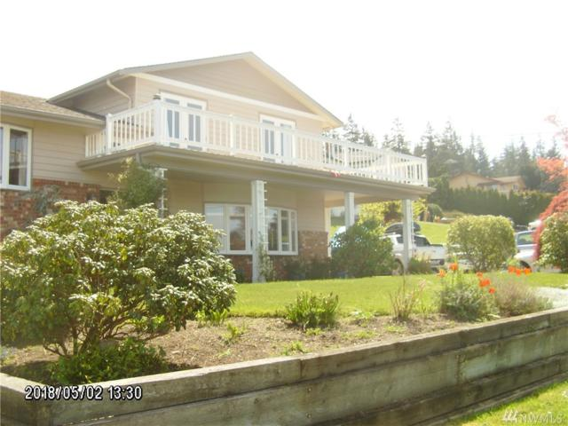 1040 Vista Del Monte St, Camano Island, WA 98292 (#1286210) :: Homes on the Sound