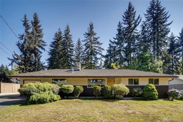 10305 NE 136th Pl, Kirkland, WA 98034 (#1287152) :: The DiBello Real Estate Group