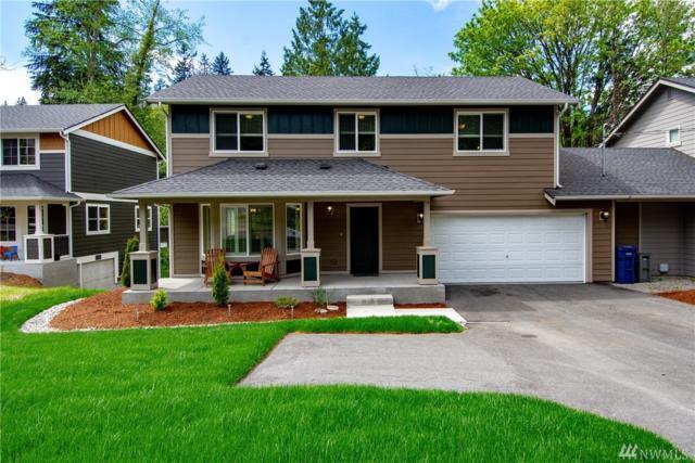 20032 Locust Wy B, Lynnwood, WA 98036 (#1287262) :: Ben Kinney Real Estate Team