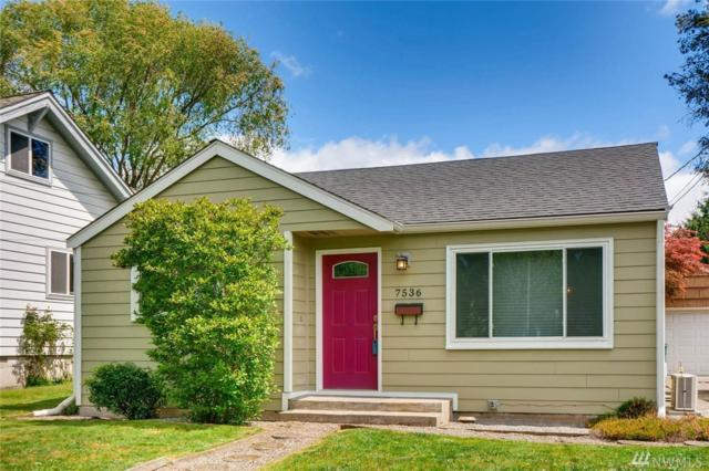 7536 36th Ave NE, Seattle, WA 98115 (#1287552) :: Homes on the Sound