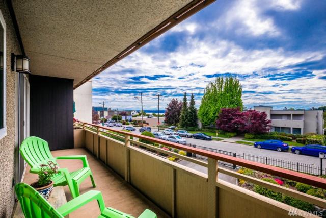 4444 44th Ave SW #203, Seattle, WA 98116 (#1288264) :: Better Homes and Gardens Real Estate McKenzie Group