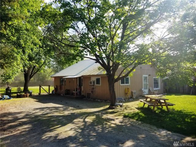423 3rd Ave W, Omak, WA 98841 (#1289059) :: Homes on the Sound