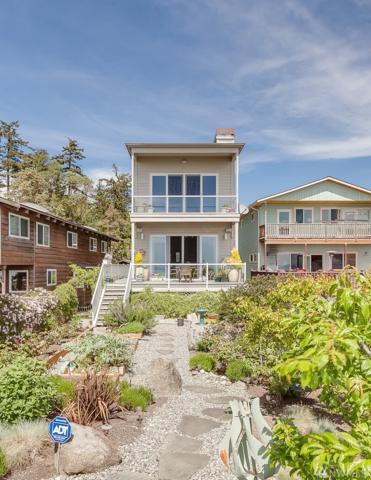1394 Ocean Dr, Camano Island, WA 98282 (#1289131) :: Real Estate Solutions Group