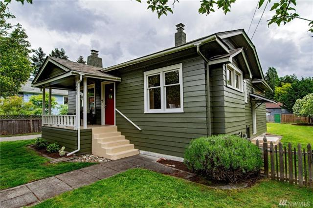 11040 34th Ave NE, Seattle, WA 98125 (#1289997) :: Better Homes and Gardens Real Estate McKenzie Group