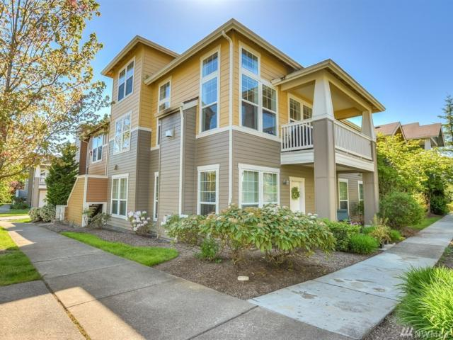 7711 Fairway Ave SE #201, Snoqualmie, WA 98065 (#1290103) :: The DiBello Real Estate Group