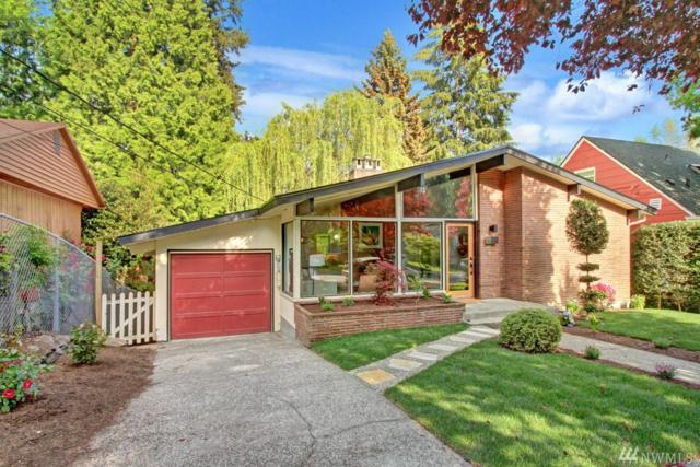 6048 39th Ave NE, Seattle, WA 98115 (#1290450) :: The Mike Chaffee Team