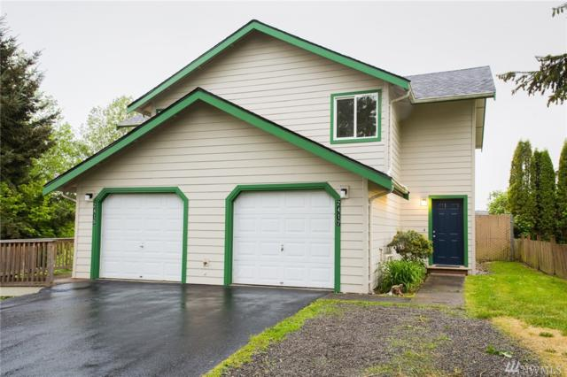 2415-2417 Xenia St, Bellingham, WA 98226 (#1291150) :: Homes on the Sound