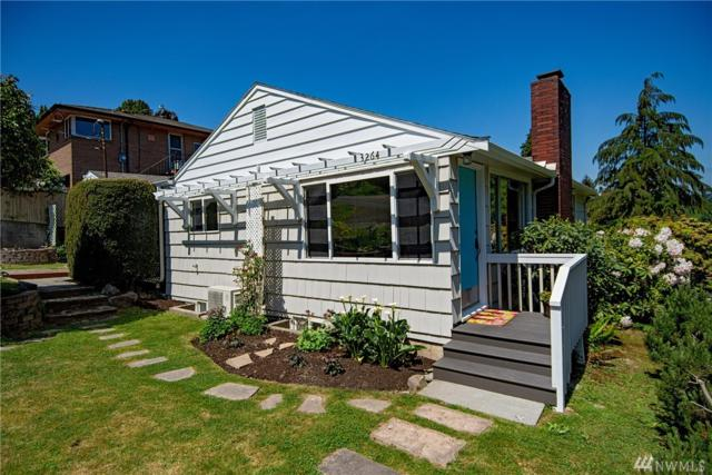 3264 NE 104th St, Seattle, WA 98125 (#1292303) :: Better Homes and Gardens Real Estate McKenzie Group