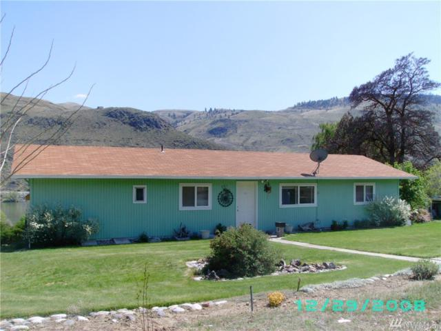 751 3rd St, Chelan Falls, WA 98817 (#1292523) :: NW Home Experts