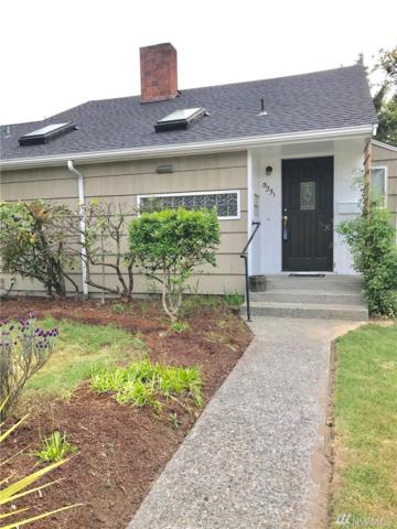9231 26th Ave SW, Seattle, WA 98106 (#1293345) :: Icon Real Estate Group