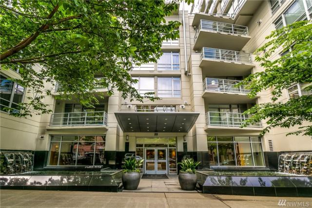 2929 1st Ave #414, Seattle, WA 98121 (#1293933) :: Kwasi Bowie and Associates