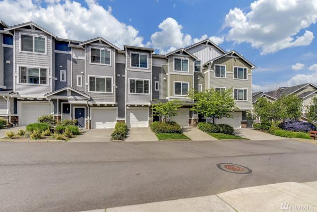 15720 Manor Wy J5, Lynnwood, WA 98087 (#1294259) :: Kwasi Bowie and Associates