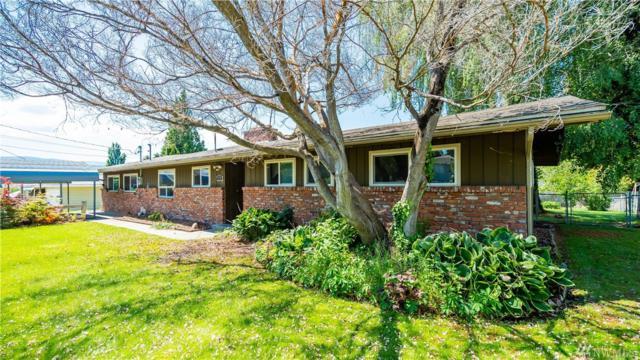 778 N Keller Ave, East Wenatchee, WA 98802 (#1294974) :: Ben Kinney Real Estate Team