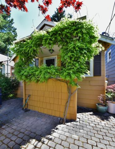 6910 15th Ave NE, Seattle, WA 98115 (#1294997) :: Icon Real Estate Group