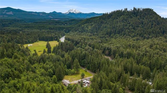 27320 SE Mud Mountain Rd, Enumclaw, WA 98022 (#1296198) :: Crutcher Dennis - My Puget Sound Homes