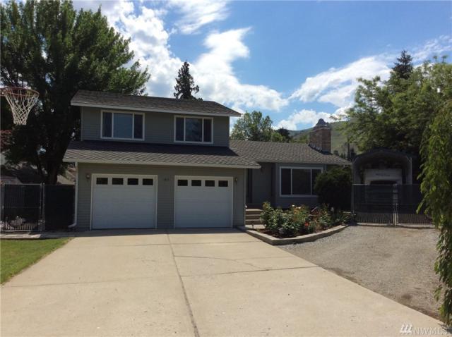 1817 Garnet Place, Wenatchee, WA 98801 (#1296300) :: Ben Kinney Real Estate Team