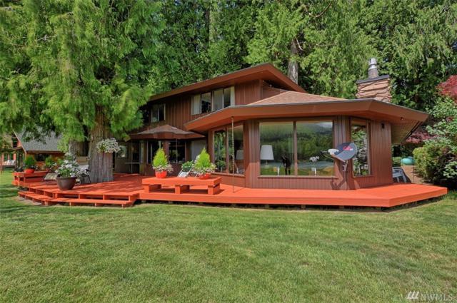 8813 Cedar Ct, Sedro Woolley, WA 98284 (#1297242) :: Real Estate Solutions Group