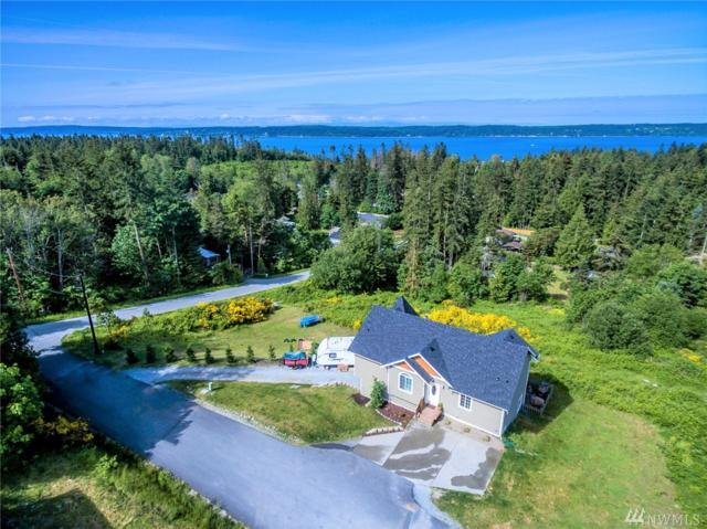 1044 W Sun Mountain Ct NW, Camano Island, WA 98282 (#1297375) :: Real Estate Solutions Group