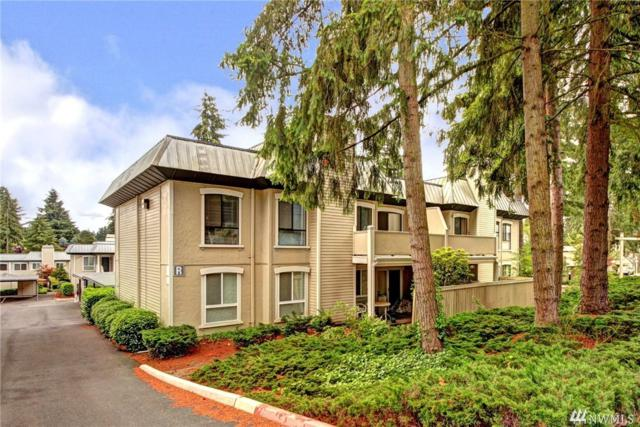 1620 103rd Ave NE R8, Bellevue, WA 98004 (#1297612) :: Kwasi Bowie and Associates