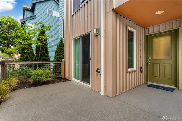 432 N 130th St, Seattle, WA 98133 (#1299344) :: Real Estate Solutions Group