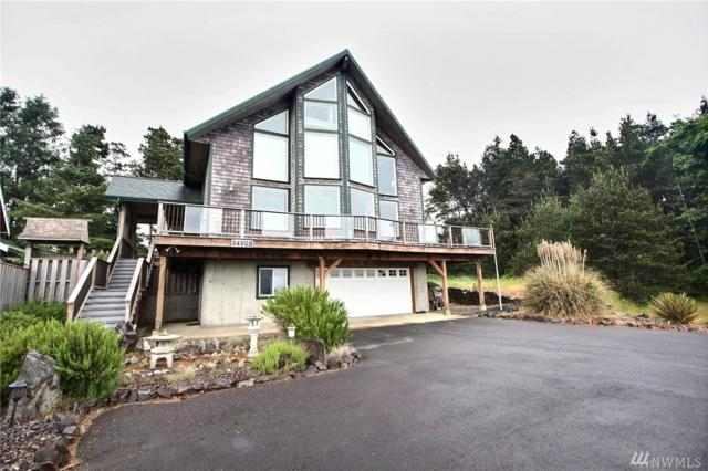 34906 J Place, Ocean Park, WA 98640 (#1300087) :: Alchemy Real Estate
