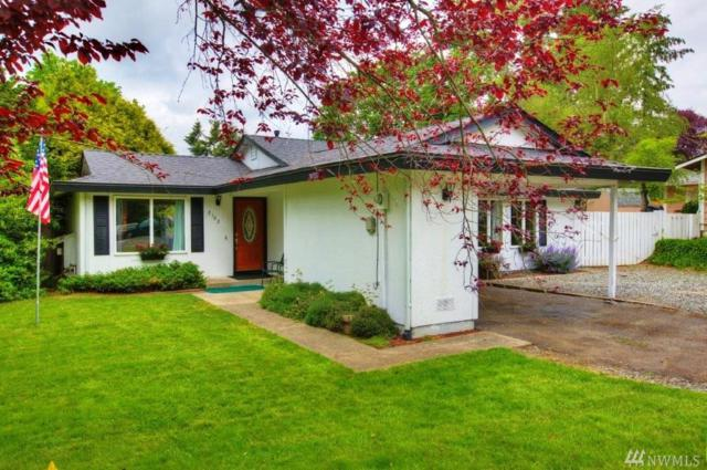 2102 SE 21st Ct, Renton, WA 98055 (#1300414) :: Real Estate Solutions Group